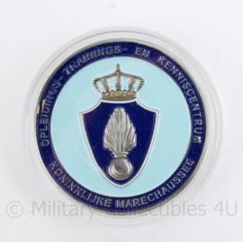 Kmar Marechaussee metalen Coin in houder - Opleidings- Trainings- en kenniscentrum Graeme Warrack Memorial event - diameter 3 cm -origineel