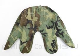 Us Army Woodland helmet Cover 1e model begin jaren 80 - gebruikt - origineel