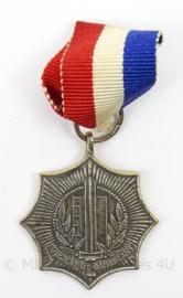 Gemeente Politie medaille - WPSS Wandeltocht 1962 - afmeting 3 x 6,5 cm - originele set