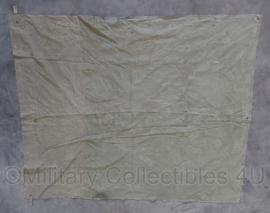 WO2 US khaki tentzeil  2 delen aan elkaar gestikt - 195 x 160 cm -  origineel
