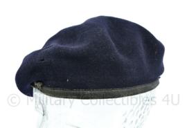 Britse leger donkerblauwe baret - merk Kangol  - maat 53 - origineel