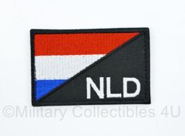 Nederland NLD met Nederlandse vlag embleem stof - met klittenband - wit op zwart - 7,5 x 5 cm