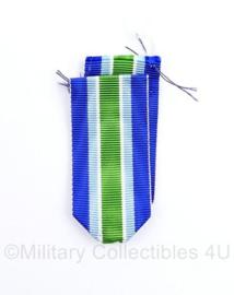 Defensie medaille lint voor de KMAR Koninklijke Marechaussee medaille - 15 cm -  blauw/lichtblauw/wit/groen - origineel