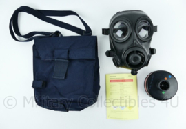 Kmar en defensie AMF12 gasmasker met donderblauwe tas en toebehoren - goede staat - maat 2 - origineel