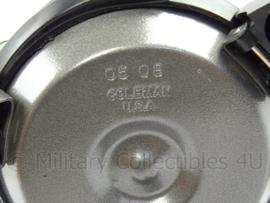 KL Landmacht Coleman 550B brander - nieuw in doos - afmeting 14 x 11,5 x 13 cm - origineel