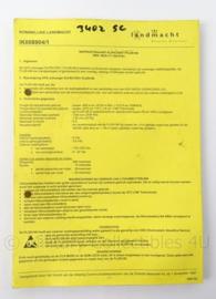 KL Landmacht Instructiekaart voor PRC7001 en PLGR96 - IK008904 - afmeting 21 x 15 cm - origineel