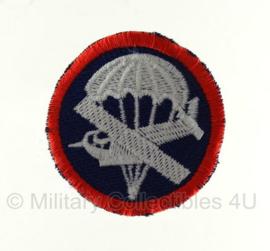 Overseas cap insigne - glider infantry - manschappen - met rode rand
