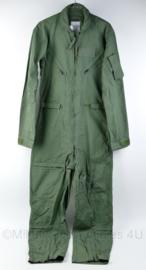 USAF en Klu Coveralls Flyers CWU-27/p - ongedragen met kaartje er nog aan !  -  maat US 36 long  = NL maat 46 - origineel