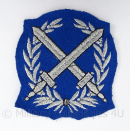 Korps Rijkspolitie arm embleem - rang Opperwachtmeester - afmeting 7 x 8 cm - origineel