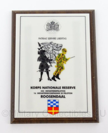 KL Landmacht wandbord Korps Nationale Reserve Roosendaal - afmeting 15,5 x 20,5 cm - origineel