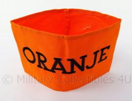 Armband Nederlands verzet en armband Binnenlandse Strijdkrachten BS - kleine letters