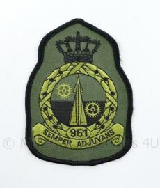 KLU Luchtmacht RNLAF 951 Squadron embleem - semper adjuvans  - 11 x 8 cm - origineel