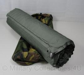 KL Self Inflatable Selfinflatable Self Inflating matras en thermomat slaapmat - origineel