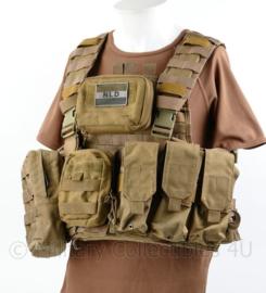 Defensie en Korps Mariniers Profile Equipment plate carrier Coyote met NIJ 3 ballistische inhoud en tassen - origineel