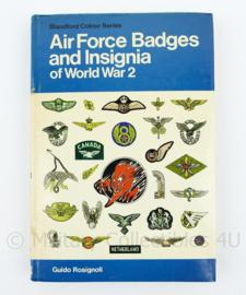 Naslagwerk Air Force badges and Insignia of WW2 Guido Rosignolli