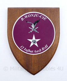 Wandbord 2nd. Inf Div. / Luchtmobiele Brigade B Wonju-Cie 12 Infbat Aalst - 19x14x1,5cm - origineel