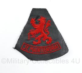 Defensie proef model of muziek korps mouwleeuw Je Maintiendrai in rood - 9 x 9 cm - origineel