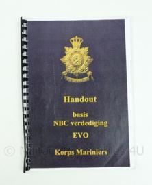 Korps Mariniers naslagwerk - handout basis NBC verdediging EVO - uit 2004 - origineel