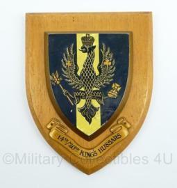 Britse Leger 14th/20th Kings Hussars wandbord - Cavalerieregiment - afmeting 18,5 x 14 x 1,5 cm - origineel