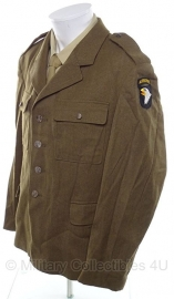 Bruine uitgaans uniform jas - WO2 US model class A - MET 101 airborne patch - origineel