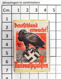 WO2 Duits luciferdoosje van echt hout - Deutschland Erwacht ! - afmeting 6 x 4 cm - replica