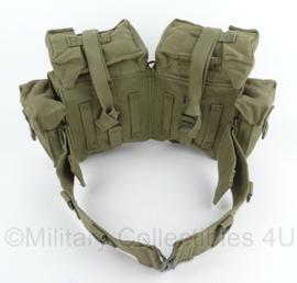 South African Army Groene webbing koppel met tassen set - origineel