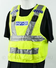 Britse politie fluor geel vest met portofoon houders - kogelwerende hoes leeg - nieuw - origineel