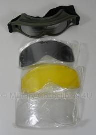 Scherfwerende bril type Bolle Defender - gebruikt - met geel, wit en zwart glas en opbergtas - origineel
