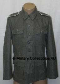 M43 feldbluse M1943 laatoorlogs - Eigen fabrikant - maat Small of Extra Large