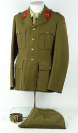 Nederlandse leger MVO uniform jas, broek en broekriem - 1956 - Eerste Luitenant Infanterie - maat 6 - origineel
