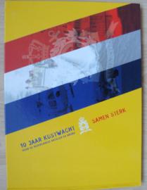 Boek 10 jaar kustwacht voor de Nederlandse Antillen en Aruba