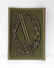 KL Landmacht onderscheiding voor op de borst - GVT woodland uitvoering - afmeting 4,5 x 6,5 cm - origineel
