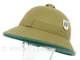 WO2 Duitse DAK Afrika Korps, Waffen SS tropenhelm - metalen insignes - replica
