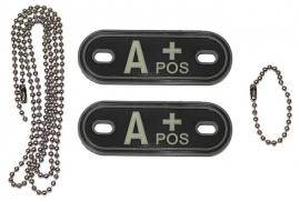 Dogtag ketting met 2 bloedgroep hangers 3D PVC - zwart - bloedgroep A POS