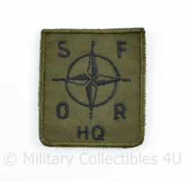 Defensie borst eenheid embleem HQ SFOR hoofdkwartier - met klittenband - 5 x 5 cm - origineel