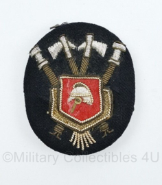 Nederlandse Brandweer luxe metaaldraad pet insigne - 6,5 x 5 cm - origineel