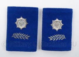 Gemeentepolitie schouder epauletten met logo zwaardje - rang Hoofdinspecteur Ambtenaar 2e klasse - afmeting 5 x 8 cm - origineel