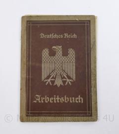 Wo2 Duits Arbeitsbuch uit 1935 met die Deutsche Arbeitsfront document - 10,5 x 15,5 cm - origineel