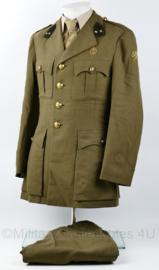 MVO Officiers uniform jas met broek - Luxe stof met metaaldraad leeuw en schouder insignes Geneeskundige Troepen - 1e Luitenant Arts - maat M - origineel
