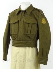 MVO Ministerie van Oorlog jasje Aan en Afvoer troepen - rang Korporaal 1e klasse - maat 48 1/4 - origineel