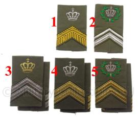 KL Nederlandse leger schouderstukken met kroon (en krans) - verschillende rangen - origineel