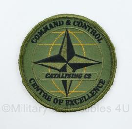 NATO Command and Control Centre of Excellence Catalysing C2 embleem - met klittenband -  diameter 8 cm - origineel