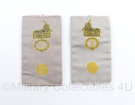 Defensie KL GVT Desert epauletten Korps/Regiment Adjudant - 8 x 4,5 cm - origineel