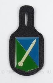 KL Landmacht DT borsthanger Hawk Missile - afmeting 4,5 x 9 cm - origineel