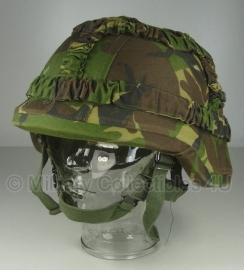 KL Nederlandse leger composiet helm met woodland overtrek - maat Small - Zeldzaam - origineel