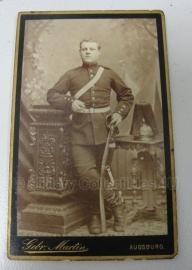 Duitse WO1 pasfoto van soldaat op origineel kaartje - 6,5 x 10 cm. - origineel