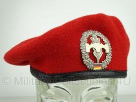 Originele rode baret  - Pionieren - meerdere maten
