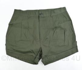 Korps Mariniers groene korte broek - nieuw in de verpakking ! - alleen verstrekt voor missies - maat 50 - origineel