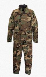 US Army NBC parka en broek Suit Chemical Protective Woodland met carrying bag - maat Medium - ONGEBRUIKT - origineel