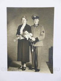 WO2 Duitse portretfoto van Polizei Mann met sabel - 23,5 x 16,5 cm - origineel